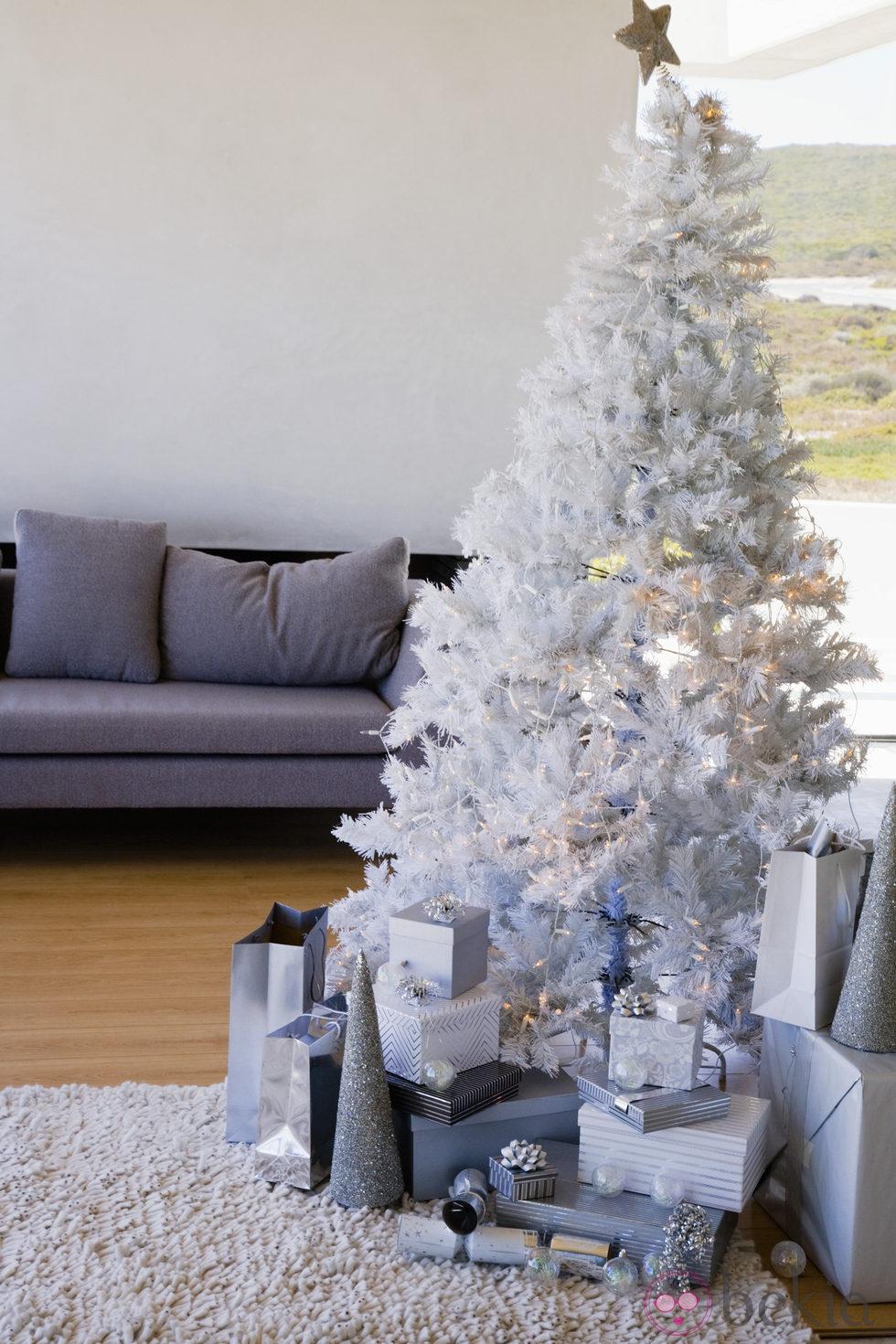 Navidad argentina a lo yanqui taringa - Arbol navideno blanco decorado ...